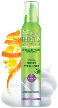 Garnier Fructis Style Spuma Bucle si Stralucire